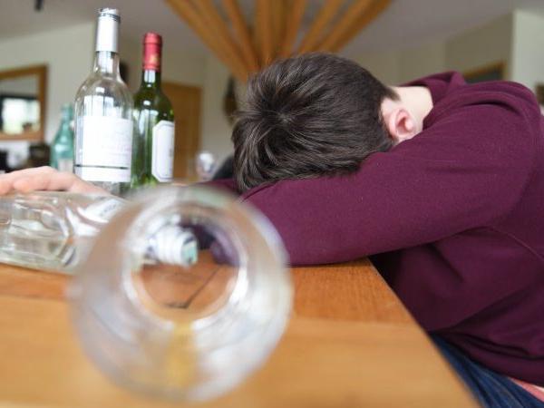 Подростковый алкоголизм - Реабилитационный центр Время жить! - Реабилитация алко и наркозависимых